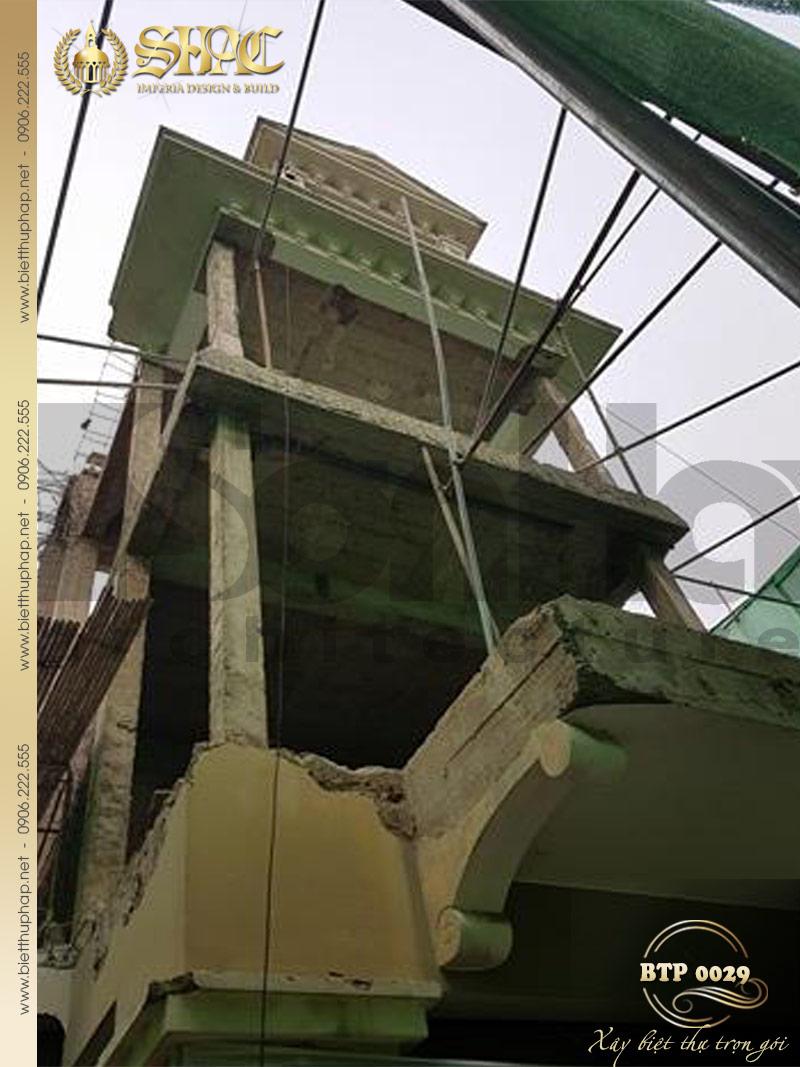 Ảnh thi công thực tế biệt thự phong cách pháp 3 tầng mặt tiền 12m tại Hà Nội
